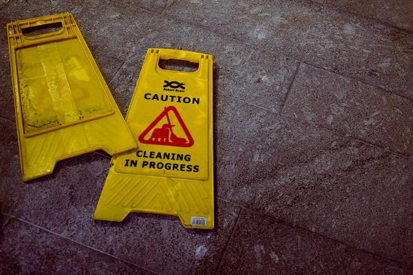 cleaning in progress hazard floor signs