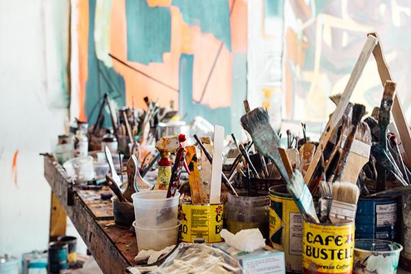 pots full of paintbrushes